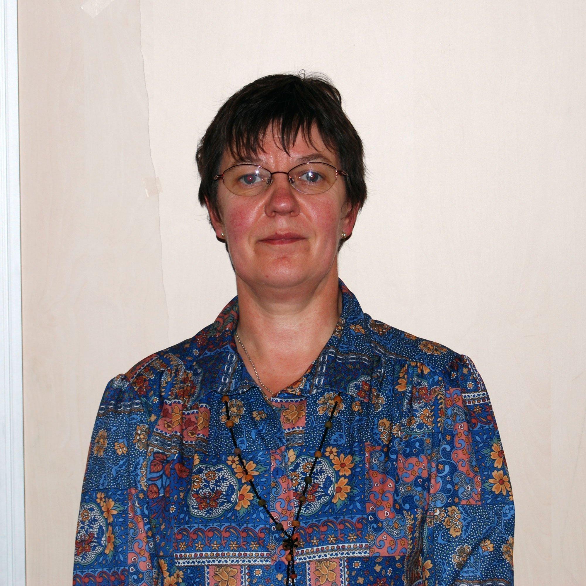Lydie Deneuville, 2ème Vice Présidente