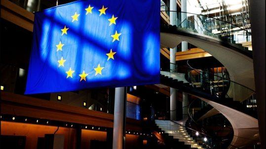 Drapeau européen au Parlement européen