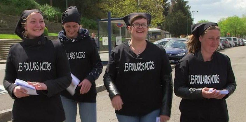 4 femmes des Foulards noirs