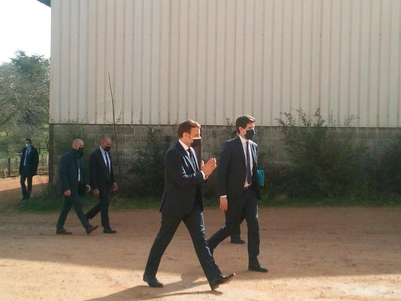 E.Macron et J.Denormandie Etaules